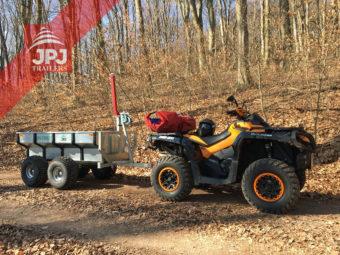 ATV Can Am und ATV trailer Profi Arbeiter